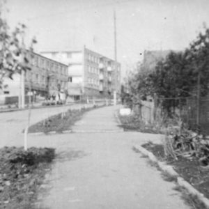 Улица Дзержинского (Константин Стамати). 1974 г. Фото из альбома Леонида Ходько.