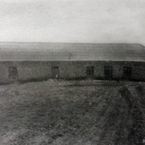 Село Троицкое. Здание старой школы. Фото предоставила Татьяна Думанова.