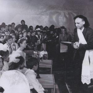 Григоре Виеру с визитом в средней школе №3. 1989 год.  Фото предоставил Михай Тэрэчилэ.