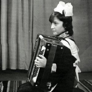 Выступление. Школа искусств. 80-е. Источник: Иван Ганели.