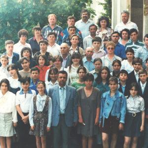 Групповое фото учеников и преподавателей музыкальной школы города Чимишлия. Источник: Адриан Пыслару.