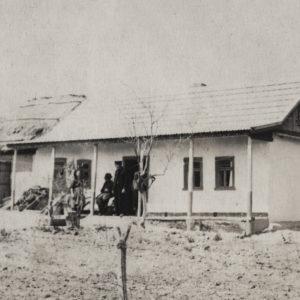 """Жилой дом в районе """"СПТУ"""". Скорее всего 50-е или 60-е годы. Источник: Адриан Пыслару."""