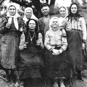 Жители села Липовены.