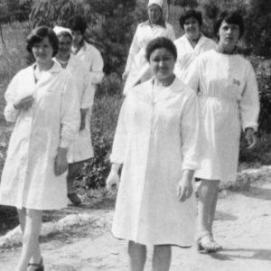 Персонал чимишлийской больницы. 70-е. Источник: Olga Paci.