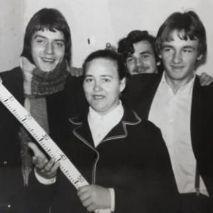 Ученики школы №2 с преподавателем Марией Сергеевной Гутюм. Источник: Лариса Жосу.